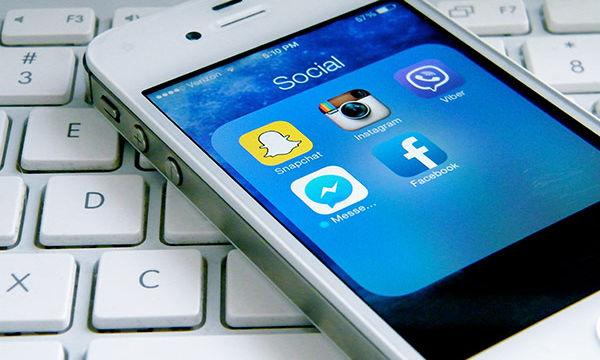 Αυτά είναι τα 10 πράγματα που δεν πρέπει να ανεβάζετε στα social media