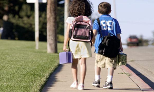 Back to school: Οι ανησυχίες των εργαζόμενων γονιών για τα παιδιά τους