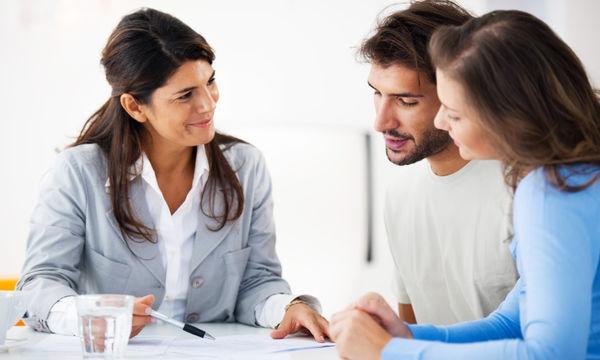 Πρώτη γνωριμία με τη δασκάλα του παιδιού σας: 10 tips για να στεφθεί με επιτυχία