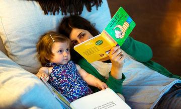 Είκοσι απλοί τρόποι για να μεγαλώσετε ένα παιδί που θα του αρέσει το διάβασμα