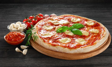 Εύκολη και γρήγορη πίτσα Μαργαρίτα