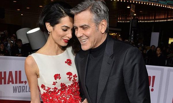 Η μόνη είδηση που δεν περιμέναμε να ακούσουμε! Η Amal Clooney και πάλι έγκυος
