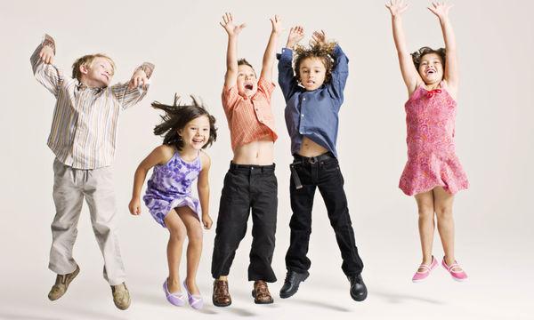 Αγορές παιδικών ρούχων: 5 tips για να μην πελαγώσετε