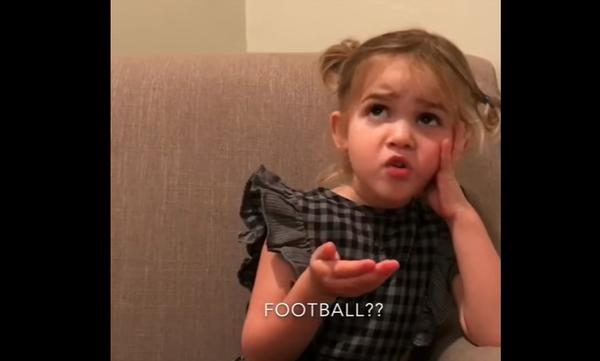 Mila vs Ποδοσφαίρου: Η σταρ του Διαδικτύου «ξαναχτυπά» με απολαυστικό ξέσπασμα