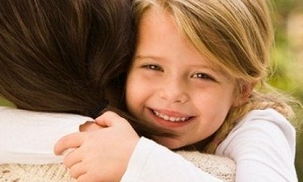 Πέντε τρόποι για να ενισχύσετε τη συναισθηματική ασφάλεια του παιδιού σας