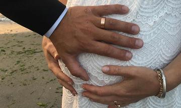 Πριν λίγες ώρες παντρεύτηκαν κρυφά και αυτή είναι η φωτογραφία που δημοσίευσαν στο Instagram