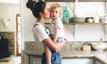 «Ο γιος μου δεν μιλάει ακόμα, όμως έχω λόγους να μην ανησυχώ»