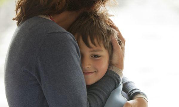 Μπορεί μια μαμά να προφυλάξει για πάντα όλα όσα αγαπά;