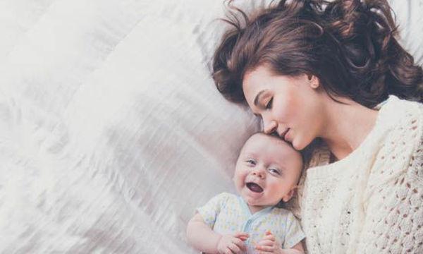 Πρώτος καιρός με το μωρό: Όλες οι αναμνήσεις που σε κάνουν τώρα να γελάς
