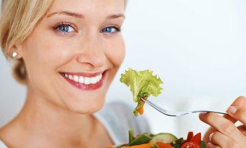 Πέντε απαραίτητα θρεπτικά συστατικά για την υγεία της γυναίκας
