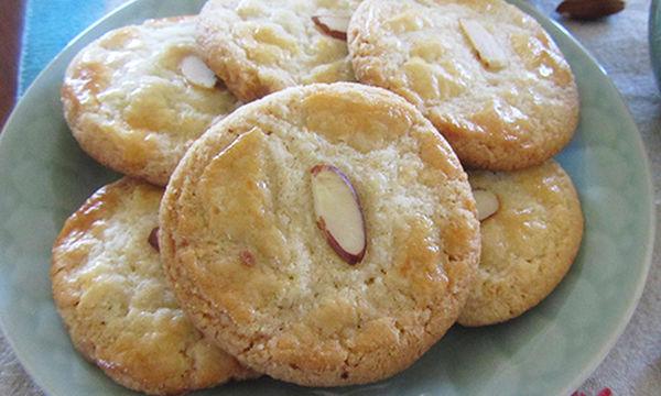 Συνταγή για τραγανά μπισκότα αμυγδάλου