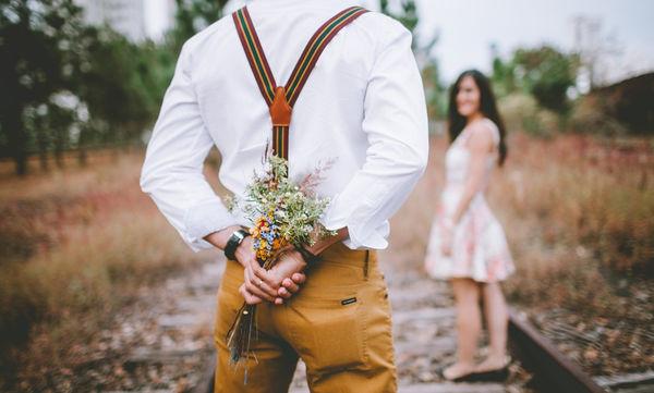 Γιατί οι άνθρωποι μεγαλώνοντας δεν ερωτεύονται ή δεν κάνουν εύκολα νέους φίλους;