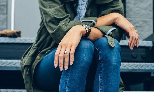 Σας στενεύει το τζιν παντελόνι σας ή είναι μακρύ; Δείτε τι μπορείτε να κάνετε (vid)