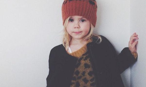 Πλεχτό ζεστό oversized πουλόβερ για την κόρη σας είναι ό,τι πιο μοδάτο πρέπει να'χει η ντουλάπα της