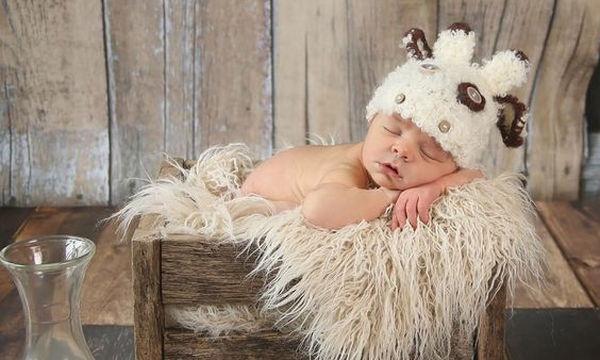Μωρό ενός μηνός: Όλα όσα πρέπει να γνωρίζετε