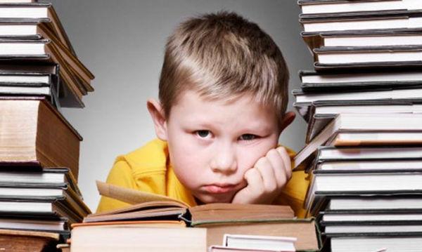 Αποτέλεσμα εικόνας για παιδι διαβασμα