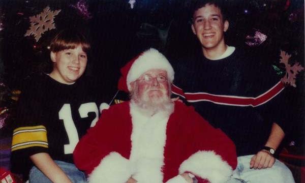 Δύο αδέρφια για 34 χρόνια έβγαζαν φωτογραφίες με τον Άγιο Βασίλη (pics)