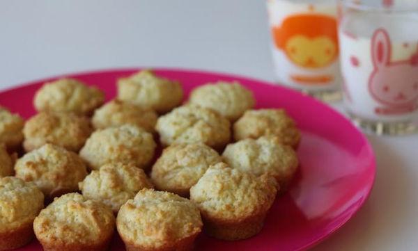 Γλυκά muffins με τρία μόνο υλικά - Δοκιμάστε τα!