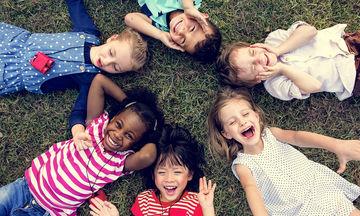 Παγκόσμια Ημέρα για τα Δικαιώματα του Παιδιού: Η παραβίαση γίνεται με πολλές & αρκετά σκληρές μορφές
