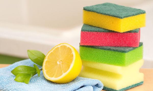 Εφτά χρήσεις του λεμονιού για το καθάρισμα του σπιτιού, που θα σας εντυπωσιάσουν