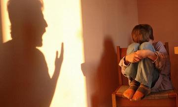 Ξύλο στο παιδί: Όταν οι γονείς πιστεύουν ότι πράττουν σωστά
