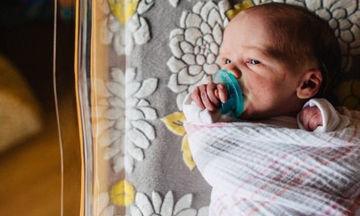 Νεογέννητα μωρά: Τι σημαίνει όταν έχουν λήθαργο ή υπνηλία