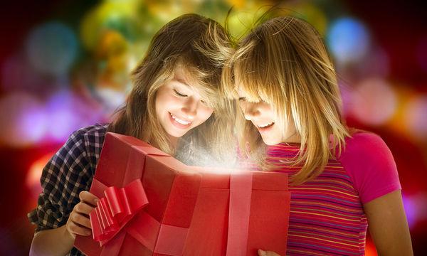Χριστουγεννιάτικα δώρα για φίλους- 32 ιδέες για να επιλέξετε ... afada69713d