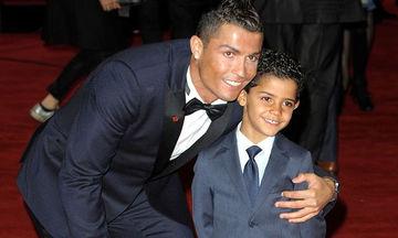 Cristiano Ronaldo: Η φωτογραφία του γιου του, που ξεπέρασε το ένα εκατομμύριο likes σε λίγα λεπτά