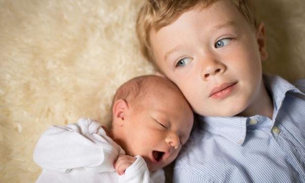 Δέκα λόγοι που είναι υπέροχο να έχεις παιδιά με διαφορά ηλικίας