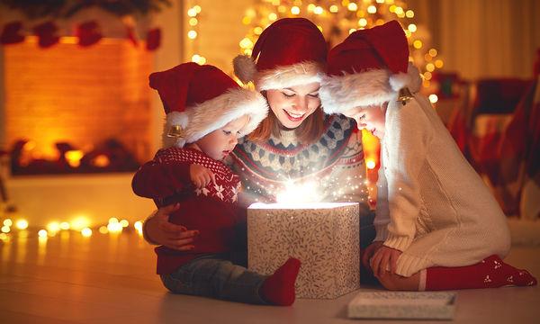Πώς να επιλέξουμε παιχνίδια για τα Χριστούγεννα ανάλογα με την ηλικία του παιδιού;