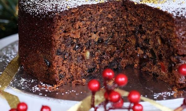 Xριστουγεννιάτικο κέικ με αποξηραμένα φρούτα και λικέρ - Το απόλυτο γλυκό των γιορτών