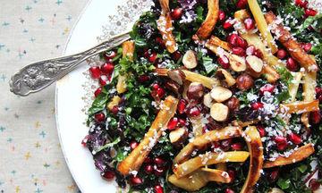 Χριστουγεννιάτικο τραπέζι: 10 υπέροχες σαλάτες για το γιορτινό τραπέζι