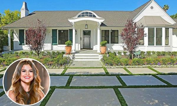 Αυτό είναι το υπέροχο σπίτι της Selena Gomez (pics)