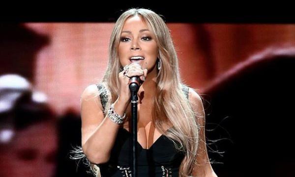 Mariah Carey: Οι χριστουγεννιάτικες στιγμές με τα παιδιά της είναι υπέροχες (pics)