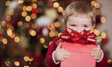 Γιατί να συμμετέχει και το παιδί μας στην ανταλλαγή των Χριστουγεννιάτικων δώρων;