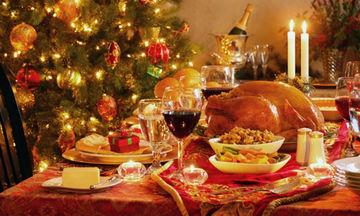 Ρεβεγιόν στο σπίτι: Πώς να στρώσετε το γιορτινό τραπέζι