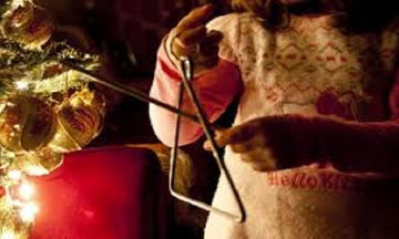 «Άγιος Βασίλης έρχεται και δεν μας καταδέχεται». Η εξήγηση πίσω από τα κάλαντα της Πρωτοχρονιάς