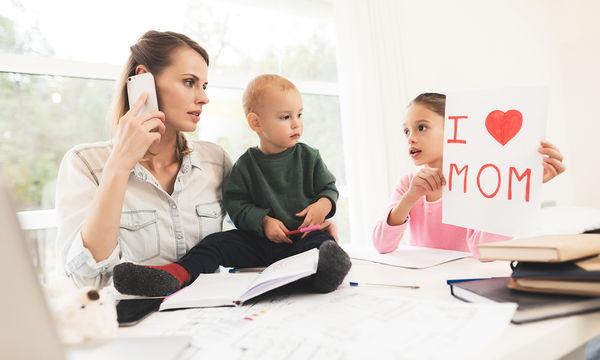 Επηρεάζεται η ψυχολογία του παιδιού όταν η μαμά αρχίζει να εργάζεται;