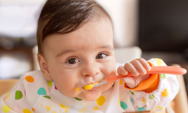 Διατροφή και ανάπτυξη μωρού: Πρέπει πιέζουμε το παιδί να φάει ή όχι;
