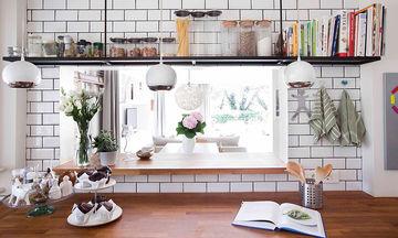 Δέκα έξυπνοι και λειτουργικοί τρόποι για να οργανώσετε την κουζίνα σας (βίντεο)