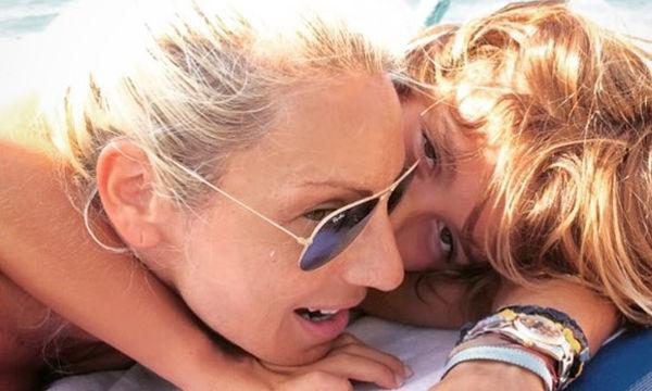 Περήφανη μαμά η Έλενα Τσαβαλιά! Το αριστείο του γιου της και η συγκίνηση