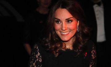 Η Kate Middleton περιμένει αγόρι; Τα σημάδια που δεν πρόσεξε κανείς (pics)