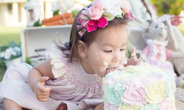 Μωρά vs τούρτας: Μία αστεία «μάχη» που φέρνει τους γονείς στα πρόθυρα νευρικής κρίσης! (pics)