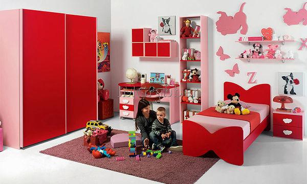 Decο: Είκοσι δύο προτάσεις για να «ντύσετε» το παιδικό δωμάτιο στα κόκκινα
