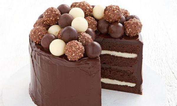 Εύκολο κέικ σοκολάτας - Ιδανικό για κάθε περίσταση