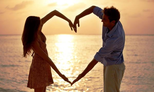 Η σύμβουλος γάμου των σταρ αποκαλύπτει τα μυστικά για να κρατήσει ένας γάμος