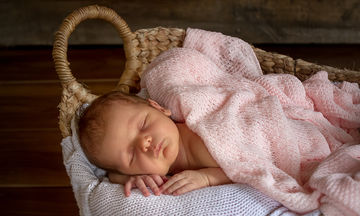 Μωρό 4 μηνών: Όλα όσα κάνει ένα μωρό αυτό το μήνα
