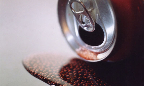 Γυναικεία γονιμότητα: Οι επιπτώσεις από την κατανάλωση αναψυκτικών