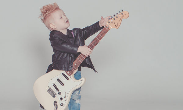 Δεκαεπτά μουσικά παιδικά ονόματα που μπορείτε να δώσετε στο παιδί σας