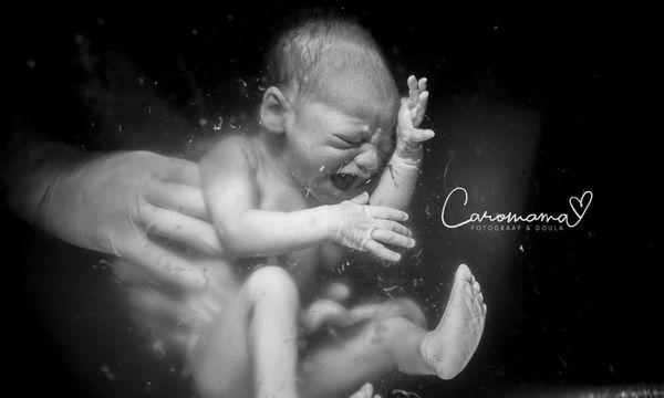 Συγκλονιστικές φωτογραφίες τοκετού που δείχνουν το μεγαλείο της Ζωής και τη δύναμη της Γυναίκας